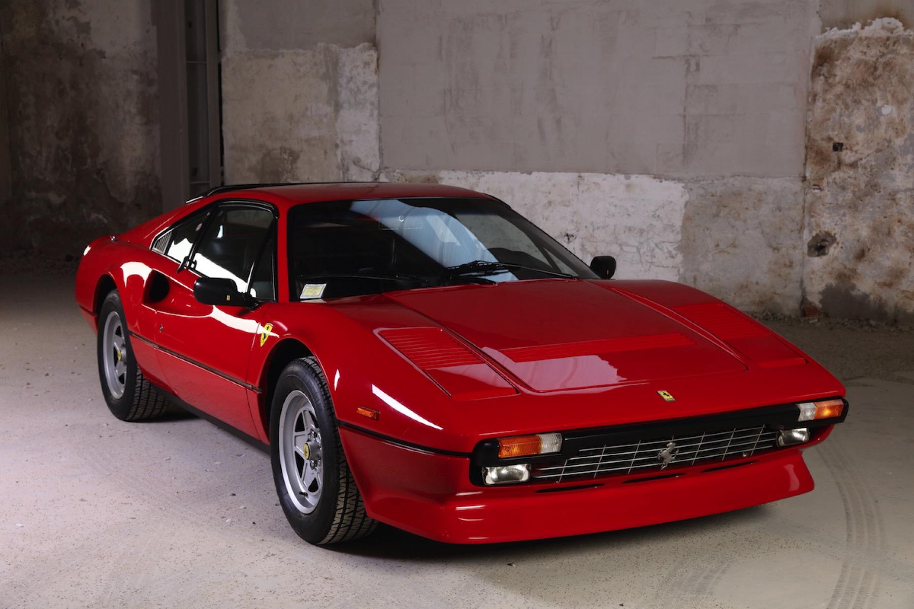001 Ferrari 308_001