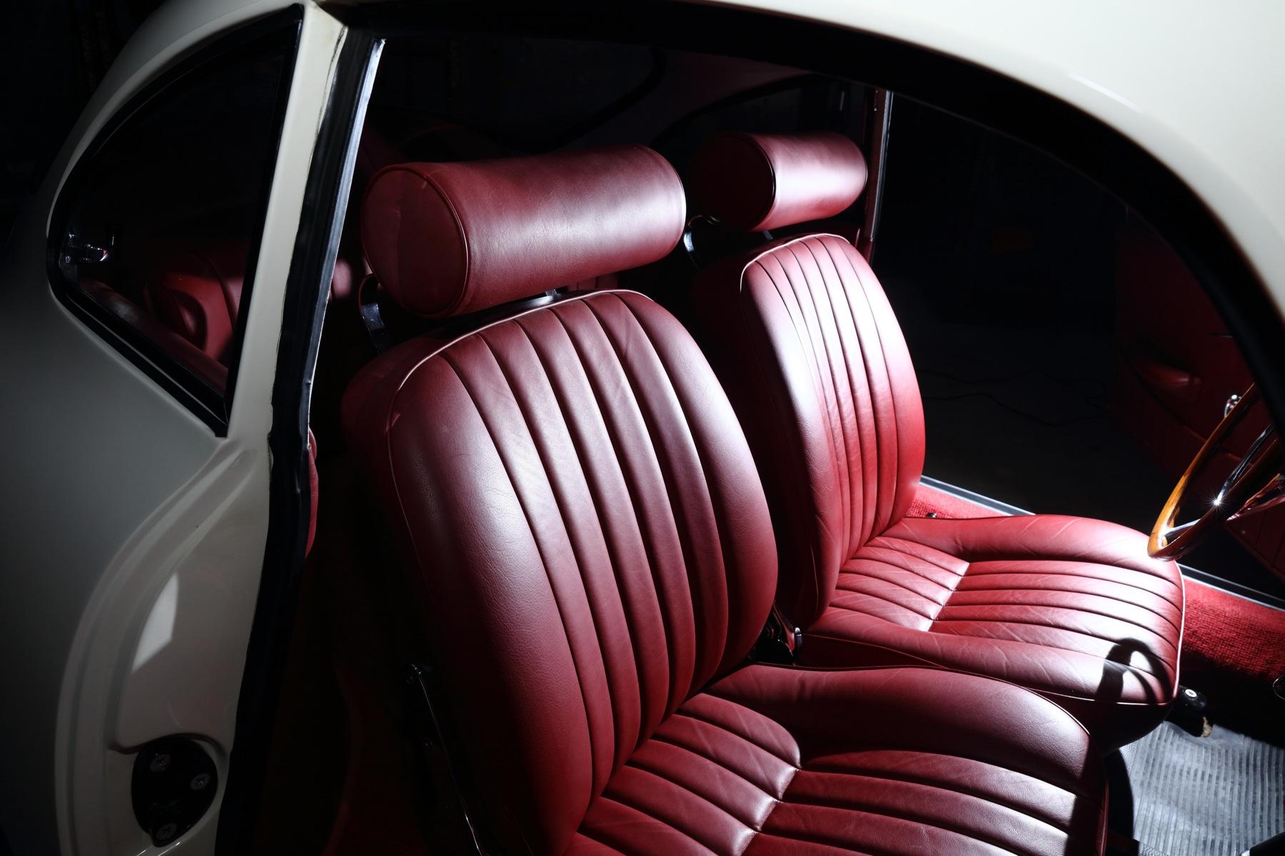 014 Porsche Carrera 2_097