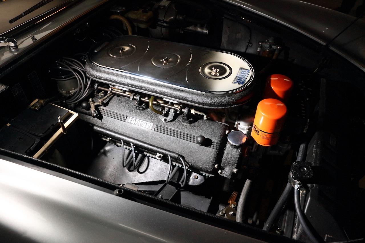 Ferrari 330 092