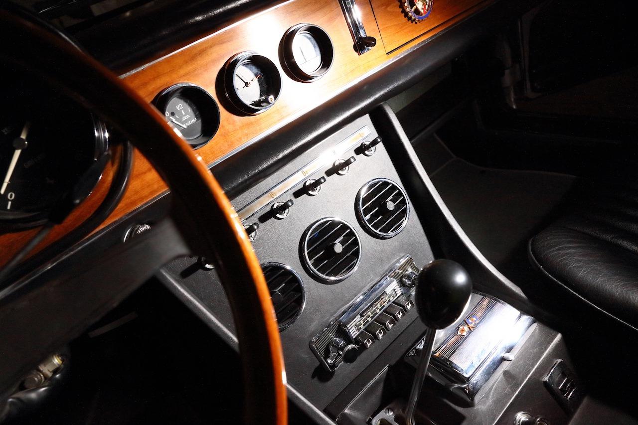 Ferrari 330 109